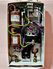 tankless heater electric connection
