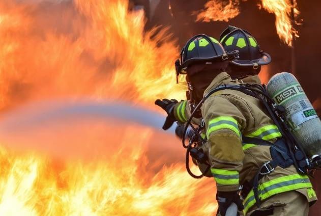 https://mlljlm6bujv9.i.optimole.com/TcbYhFo-kI9cTfs0/w:auto/h:auto/q:auto/https://www.comicworldnews.com/wp-content/uploads/2021/05/fire-guards.png